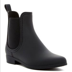 Jeffrey Campbell short matte black rain boots